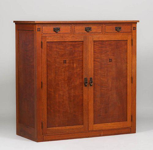 Wm A French - St Paul, MN Wardrobe Dresser c1916