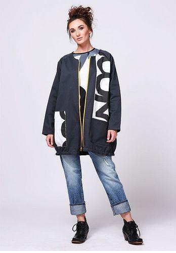 twill jacket w/ applique One size