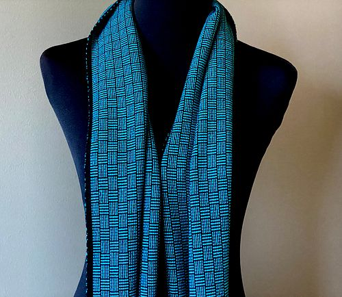 Yamamoto Scarf - this one has sold but I can made a similar one as well.