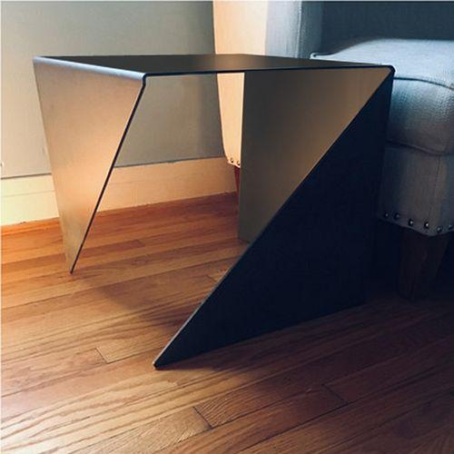 VOLO Table