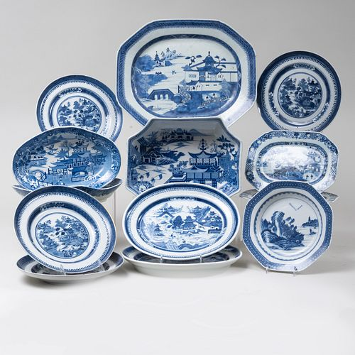 Assembled Chinese Export Porcelain Part Service and a Group of Similar English Wares