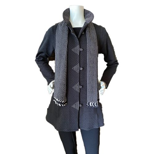 Shaped Knit Jacket with Trim