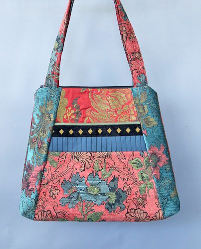 Tote Bag in Zinnia