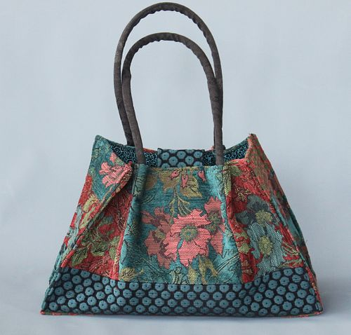 Molly Bag in Zinnia