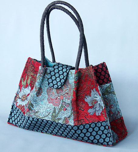 Molly Bag in Red Wine