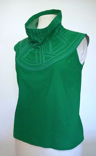 """Green """"Breastplate"""" Cotton Top (SIZE S)"""