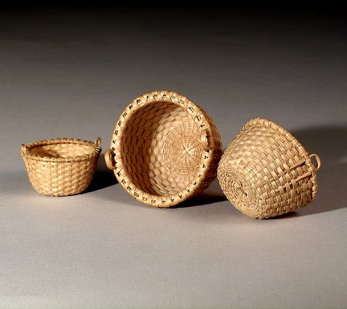 Nest of Three Miniature Corn Baskets