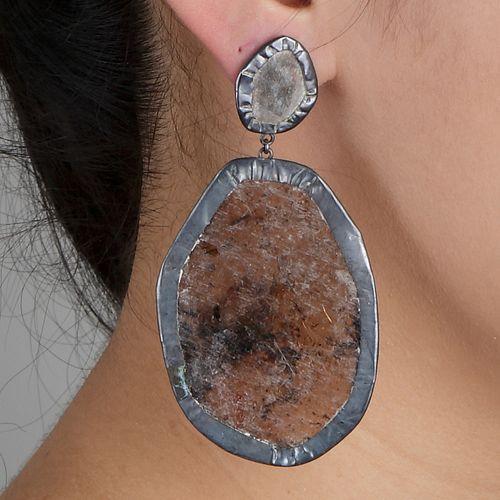 1-Hippi Earring