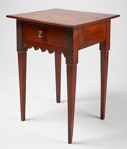 Fine Hepplewhite Side Table