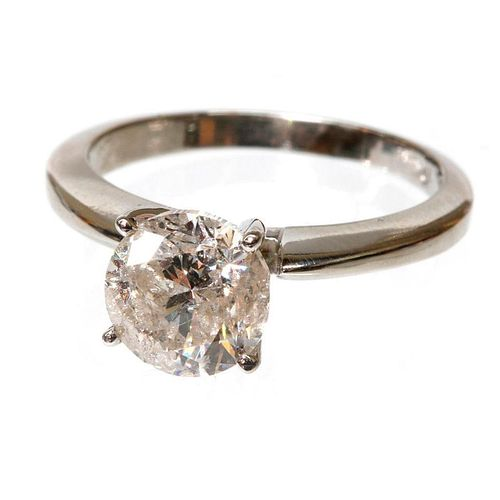 1.95 carat diamond weight and 10K gold weight ring