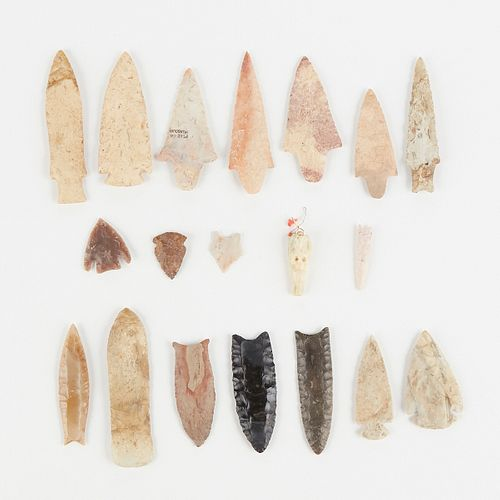 Grp: 18 North American Stone Points Arrowheads