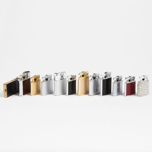 Grp: 12 Mid Century Ronson Lighters