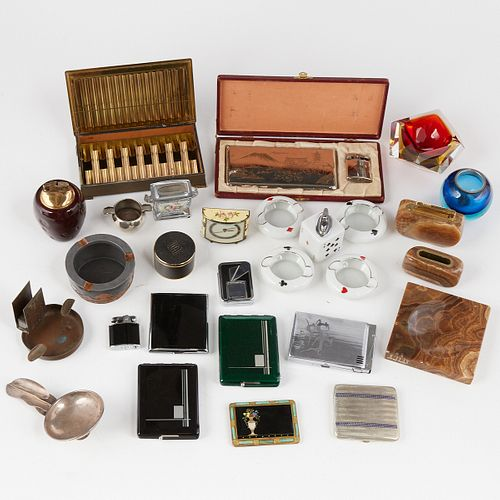 Grp: Assorted Ashtrays, Lighters, Cases - Dunhill