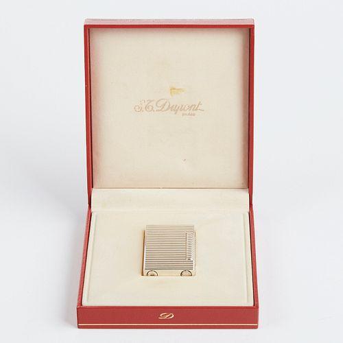 S.T. Dupont Ladies Lighter