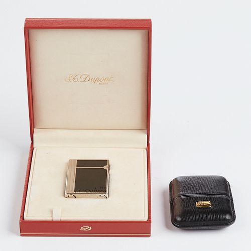 S.T. Dupont Black Lacquer Lighter