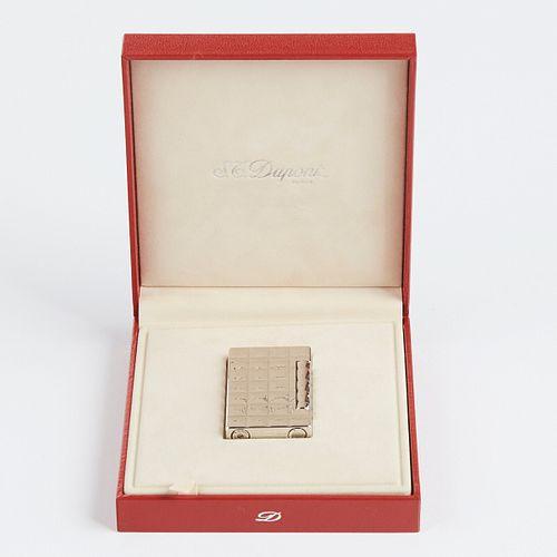 S.T. Dupont Chromium Plated Ladies Lighter