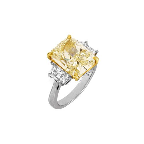 GIA 7.01ct Fancy Light Yellow Diamond Ring