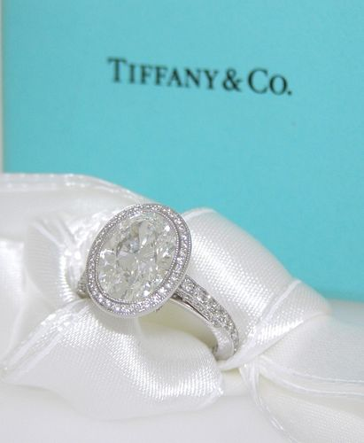 Tiffany & Co 4.00ct Oval F/VVS2 Retail $283,000