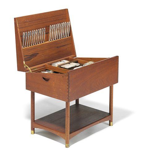 Complete Georg Jensen Acorn Silverware Set in Architect Designed Teak Furniture Box