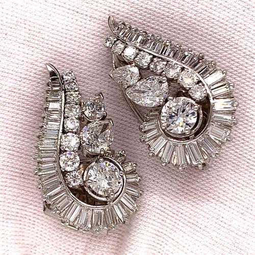 Retro 18K Diamond Shell EarringÊ