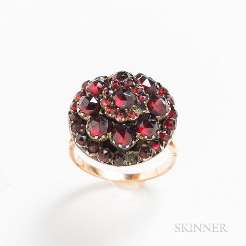 14kt Gold and Garnet Ring