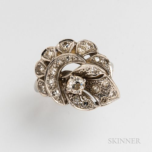 Retro 14kt White Gold and Diamond Floral Ring