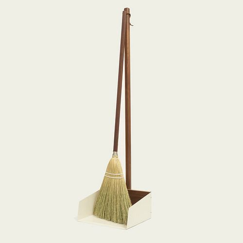 Walnut Stand Dustpan and Lobby Broom Set