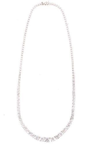 18.37 cts. Diamond Graduated 18K Gold Necklace