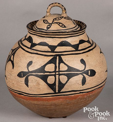 Tesuque Pueblo Indian lidded pottery jar