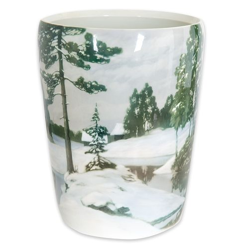 A MONUMENTAL RUSSIAN PORCELAIN 'SNOW FOREST SCENE' VASE, IMPERIAL PORCELAIN FACTORY, PERIOD OF NICHOLAS II, 1913