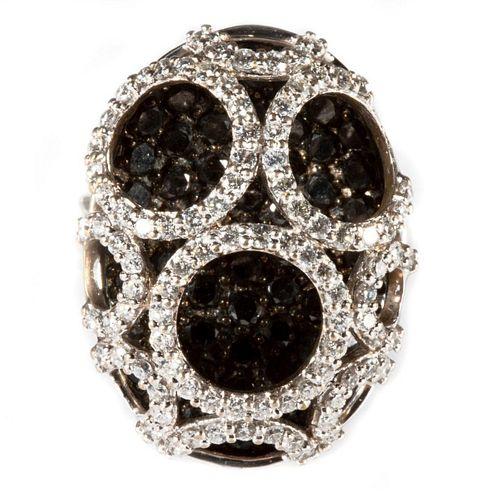 Diamond, black diamond and 18k white gold ring