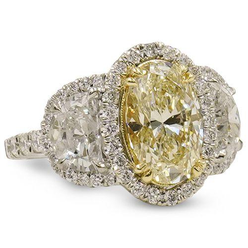 2ct Oval Cut Diamond and 18k Gold Ring