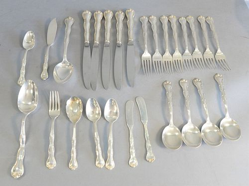 Sterling silver flatware, 28.8 t.oz (weighable).