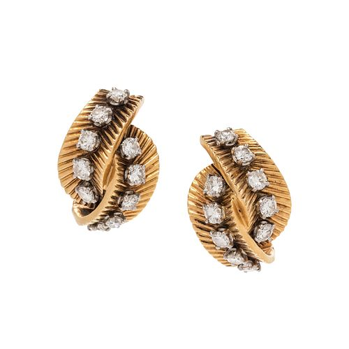 VAN CLEEF & ARPELS, RETRO, YELLOW GOLD AND DIAMOND EARCLIPS