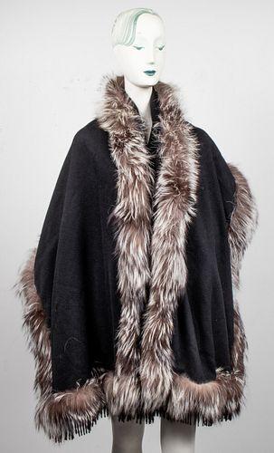 Adrienne Landau Cashmere And Fox Fur Shawl / Scarf