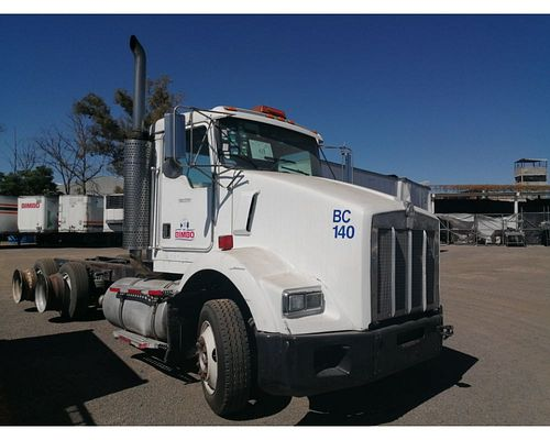 Tractocamion Kenworth T800 1999