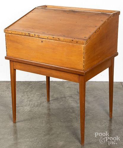 Pine schoolmasters desk, 19th c.