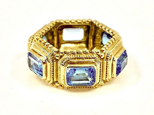 18K Yellow Gold and Topaz Ring