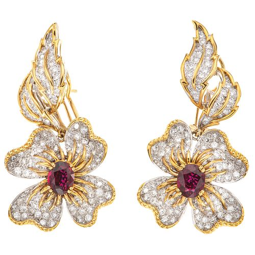 PAIR OF EARRINGS WITH RUBIES AND DIAMONDS IN WHITE AND YELLOW 18K AND 14K GOLD