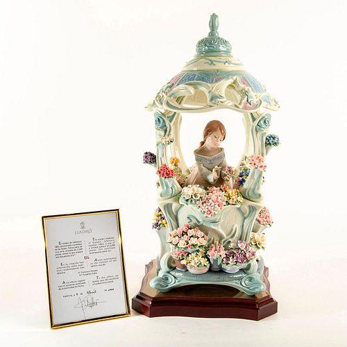 Gazebo in Bloom 01001865 LTD - Lladro Porcelain Figure