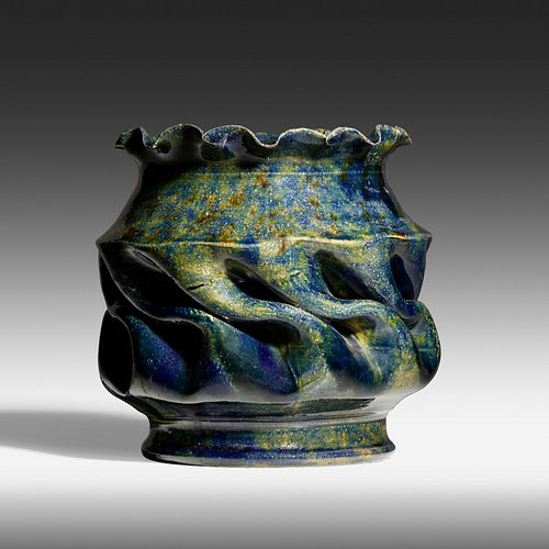 George E. Ohr, Exceptional and Large vase