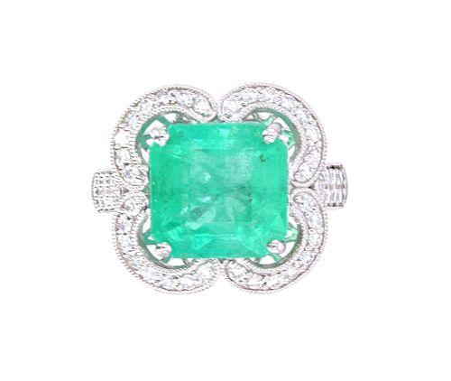 Vintage Estate Colombian Emerald VS1 Diamond Ring
