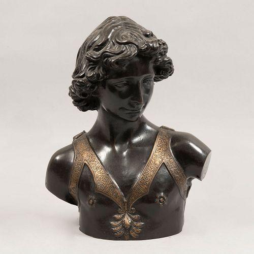 Busto de Alejandro Magno. Siglo XX. Estilo Neoclásico. Fundición en bronce patinado. 39 cm de altura