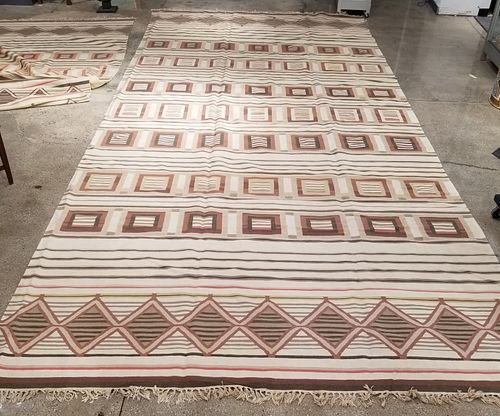 "Geometric Woven Carpet 19' 3"" x 8' 9"""