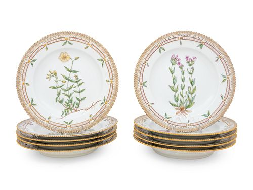 A Set of Twelve Royal Copenhagen Flora DanicaPorcelain Dinner Plates