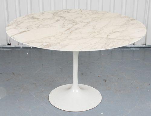 Eero Saarinen for Knoll Tulip Dining Table