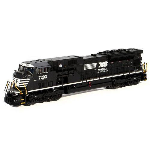 Lionel 6-38585 O Gauge Norfolk Southern SD80 MAC locomotive #7203