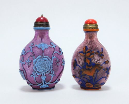 2 Chinese Qing Dynasty Peking Glass Snuff Bottles