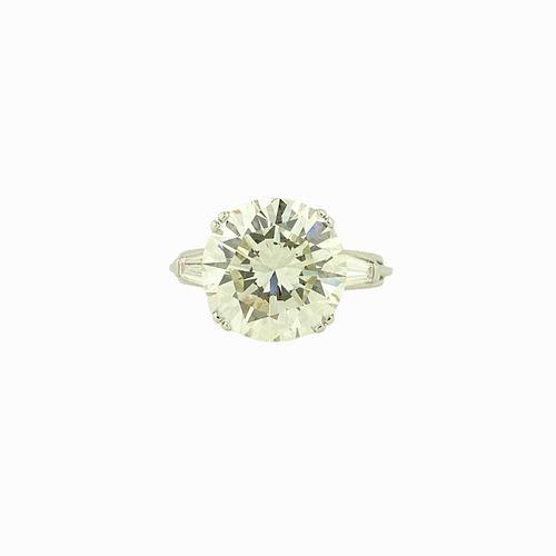 GIA 9.04ct Round Brilliant K/VS1 Engagement Ring