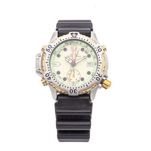 Reloj Citizen. Movimiento de cuarzo. Caja circular en acero de 40 mm. Carátula color verde con índices de puntos. Pulso polí...